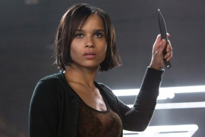 divergent-zoe-kravitz-christina-with-knife